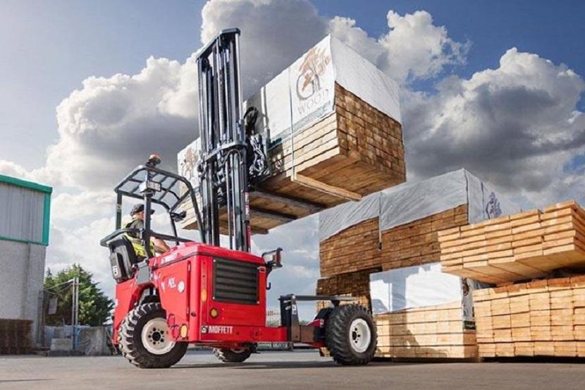 Moffett-Truck-Mounted-Forklift